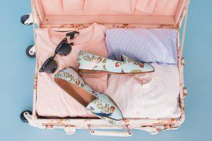 Gift ideas for a female traveler
